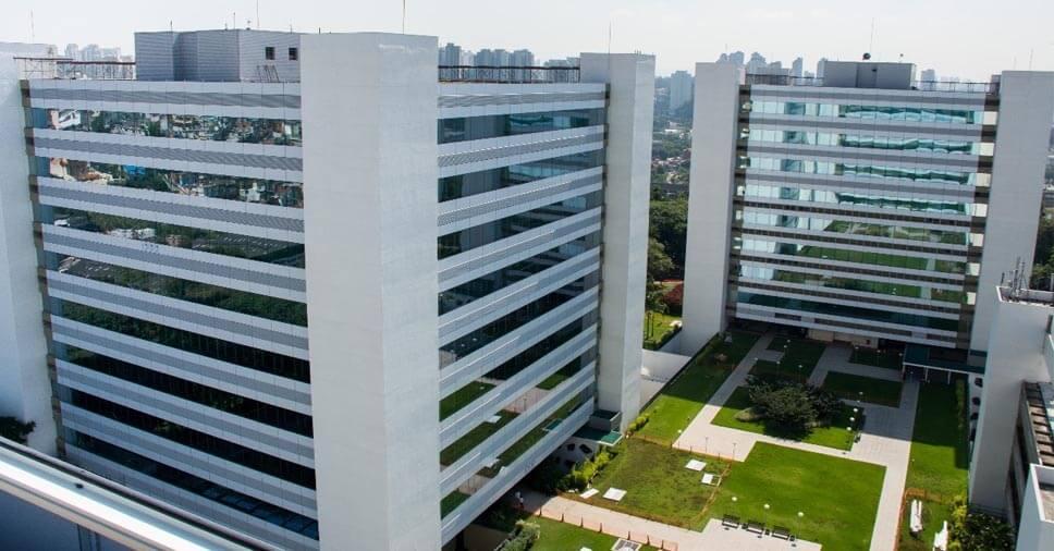 Fachadas seguras, belas e sustentáveis exigem um retrofit