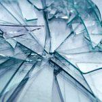 exemplo explicando por que as fachadas de vidro adoecem