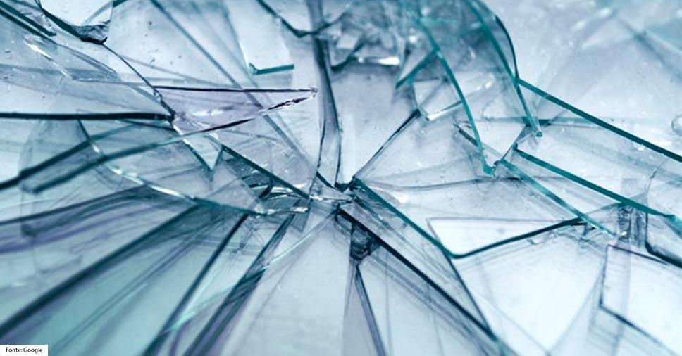 Fachadas de vidro adoecem: embora seja triste, não é o fim!